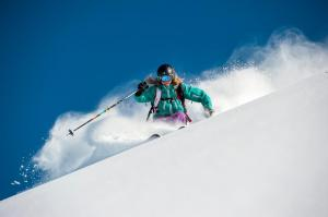Allowme Ski with Chemmy Alcott